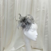 Grey  feather comb fascinator SN827